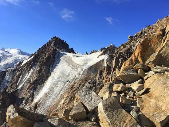 Climbing Peak Molodezhny, Kazakhstan, photo 12