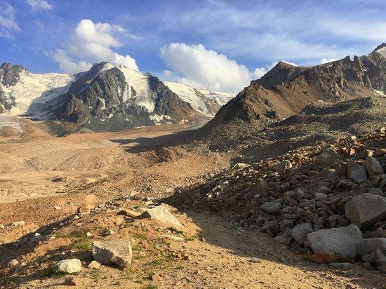 Climbing Peak Molodezhny, Kazakhstan, photo 3
