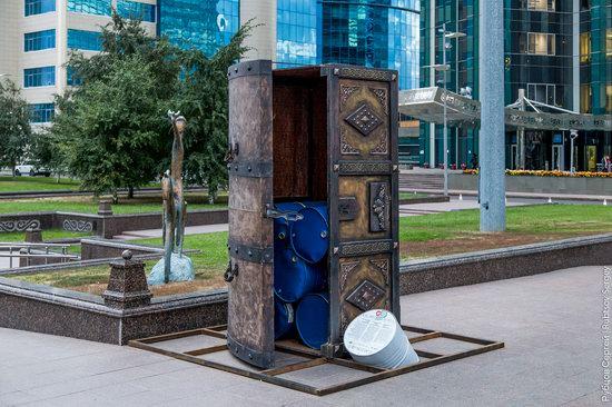 Walking through the center of Astana, Kazakhstan, photo 12