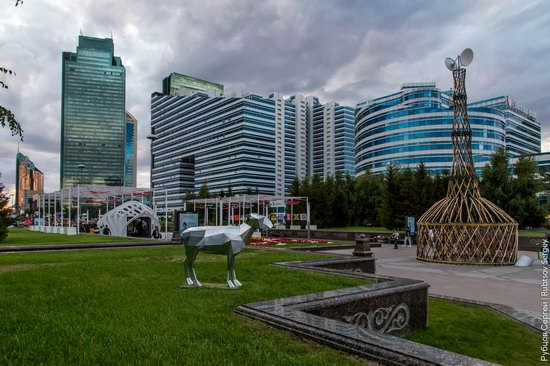 Walking through the center of Astana, Kazakhstan, photo 13