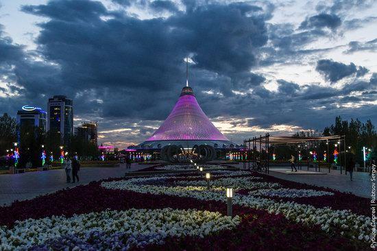 Walking through the center of Astana, Kazakhstan, photo 26