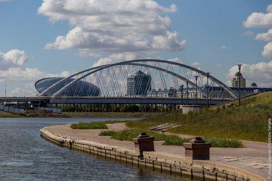 Walking through the center of Astana, Kazakhstan, photo 3