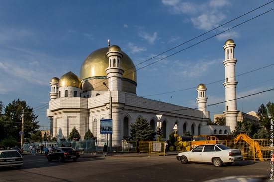 Walk around the center of Almaty, Kazakhstan, photo 19