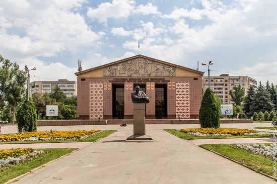 Walk around the center of Almaty, Kazakhstan, photo 23