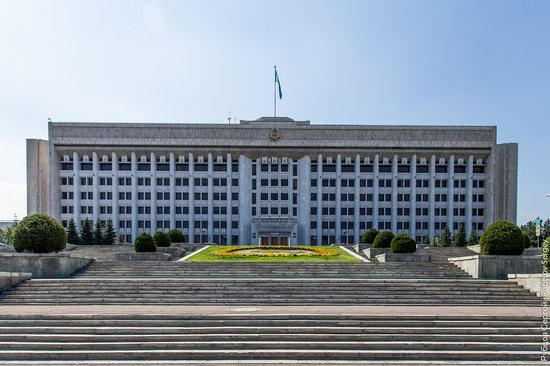 Walk around the center of Almaty, Kazakhstan, photo 4