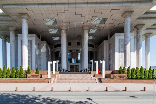 Walk around the center of Almaty, Kazakhstan, photo 6