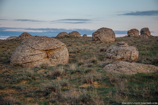 Valley of Stone Balls on Mangyshlak Peninsula, Kazakhstan, photo 1