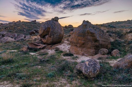 Valley of Stone Balls on Mangyshlak Peninsula, Kazakhstan, photo 13