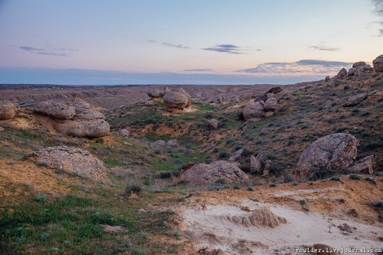 Valley of Stone Balls on Mangyshlak Peninsula, Kazakhstan, photo 15