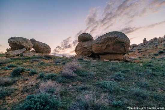 Valley of Stone Balls on Mangyshlak Peninsula, Kazakhstan, photo 18