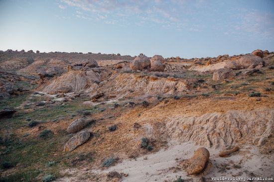 Valley of Stone Balls on Mangyshlak Peninsula, Kazakhstan, photo 19