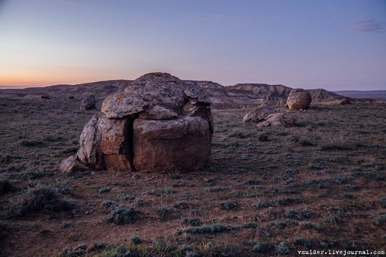 Valley of Stone Balls on Mangyshlak Peninsula, Kazakhstan, photo 21