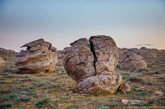 Valley of Stone Balls on Mangyshlak Peninsula, Kazakhstan, photo 7