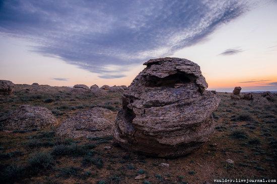 Valley of Stone Balls on Mangyshlak Peninsula, Kazakhstan, photo 8