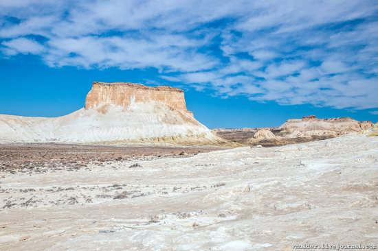 Picturesque Chalk Landscapes of Boszhira, Kazakhstan, photo 11