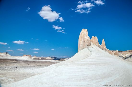 Picturesque Chalk Landscapes of Boszhira, Kazakhstan, photo 21