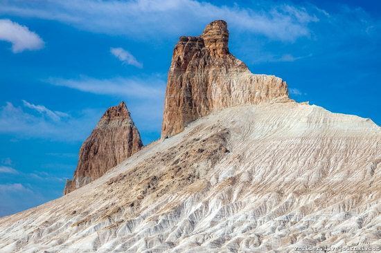Picturesque Chalk Landscapes of Boszhira, Kazakhstan, photo 3