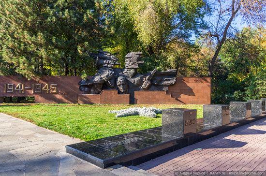 Park of 28 Panfilovtsev in Almaty, Kazakhstan, photo 5
