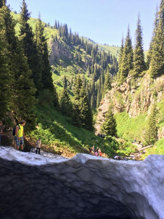 Hiking in Gorelnik Gorge, Kazakhstan, photo 10