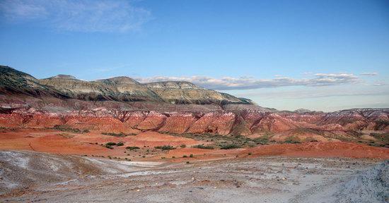 Landscapes of Kiin Kirish Valley, Kazakhstan, photo 4