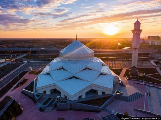 Ryskeldy Kazhy Mosque, Astana, Kazakhstan, photo 16