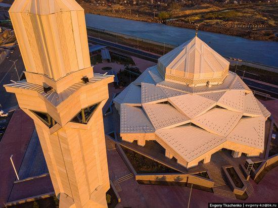 Ryskeldy Kazhy Mosque, Astana, Kazakhstan, photo 2