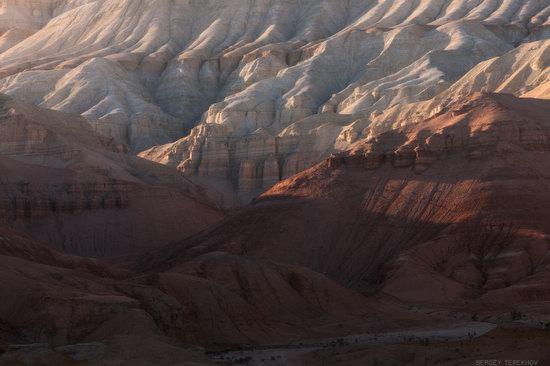 Colorful Landscapes of the Aktau Mountains, Kazakhstan, photo 2