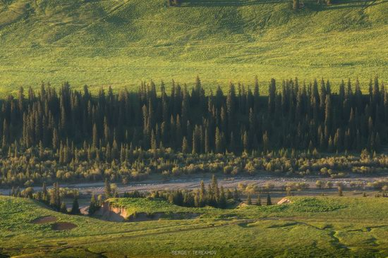 Landscapes of the Tekes River Valley, Kazakhstan, photo 7
