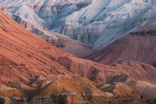 Sunrise in Aktau Mountains, Kazakhstan, photo 10