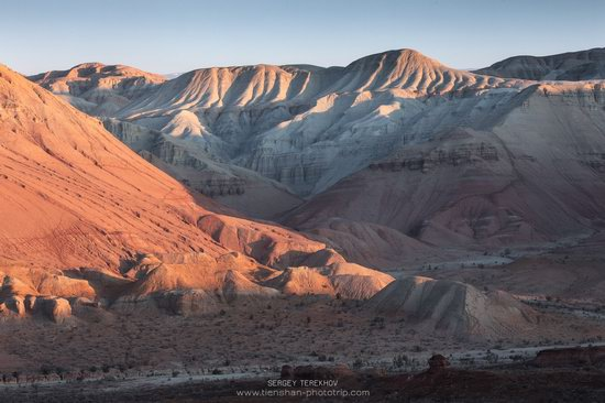 Sunrise in Aktau Mountains, Kazakhstan, photo 11