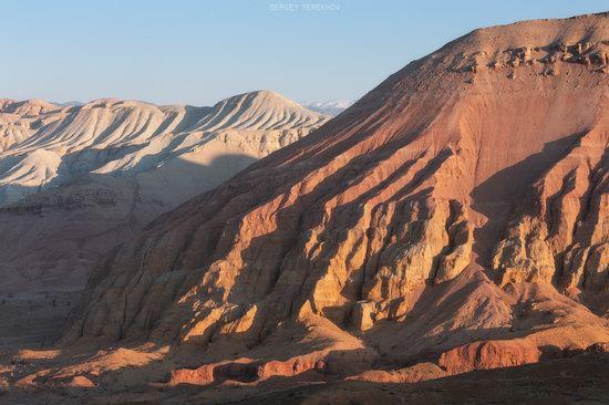 Sunrise in Aktau Mountains, Kazakhstan, photo 2