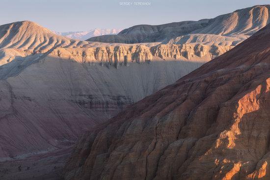 Sunrise in Aktau Mountains, Kazakhstan, photo 4