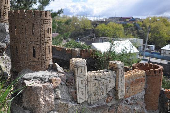 Fairytale castles on a hillside in Petropavl, Kazakhstan, photo 1