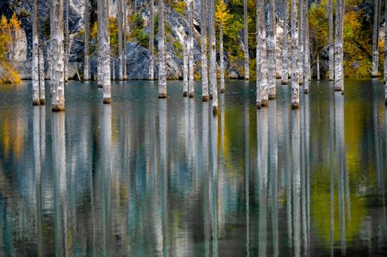 Autumn on Lake Kaindy, Almaty Oblast, Kazakhstan, photo 2