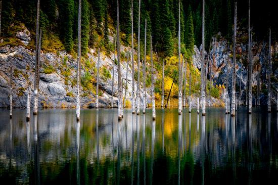 Autumn on Lake Kaindy, Almaty Oblast, Kazakhstan, photo 4