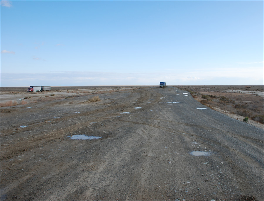 aktyubinsk-region-kazakhstan-road-scenery.jpg