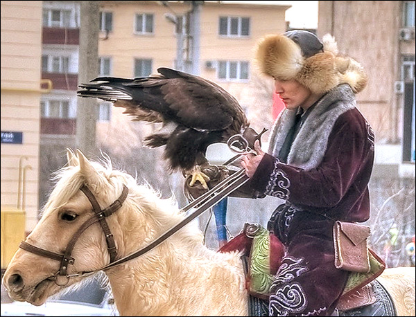 http://aboutkazakhstan.com/images/kazakhstan-people-views-7.jpg