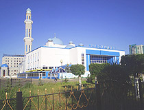 Aktobe city mosque view