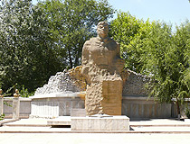 Sayram city monument